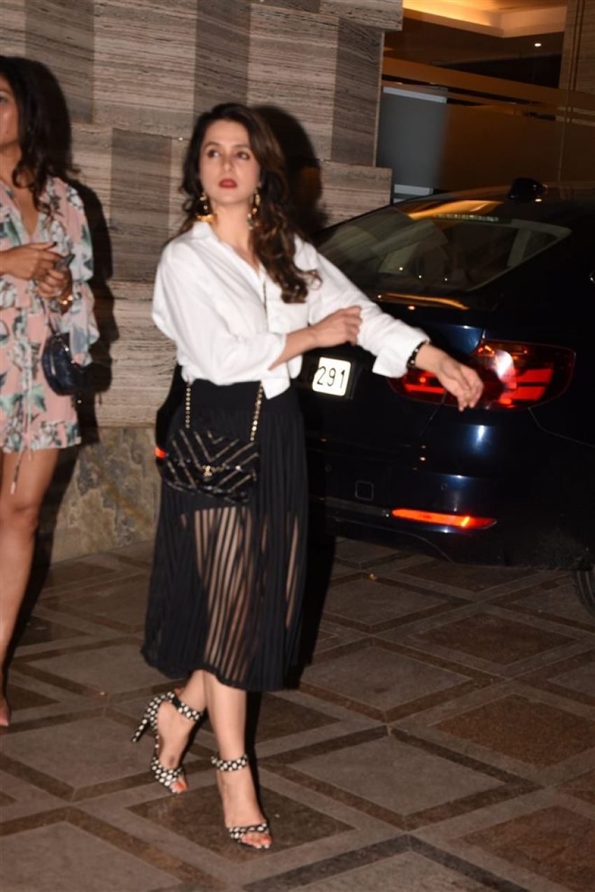 Kanika Kapoor Birthday Celebration 2018 Photos