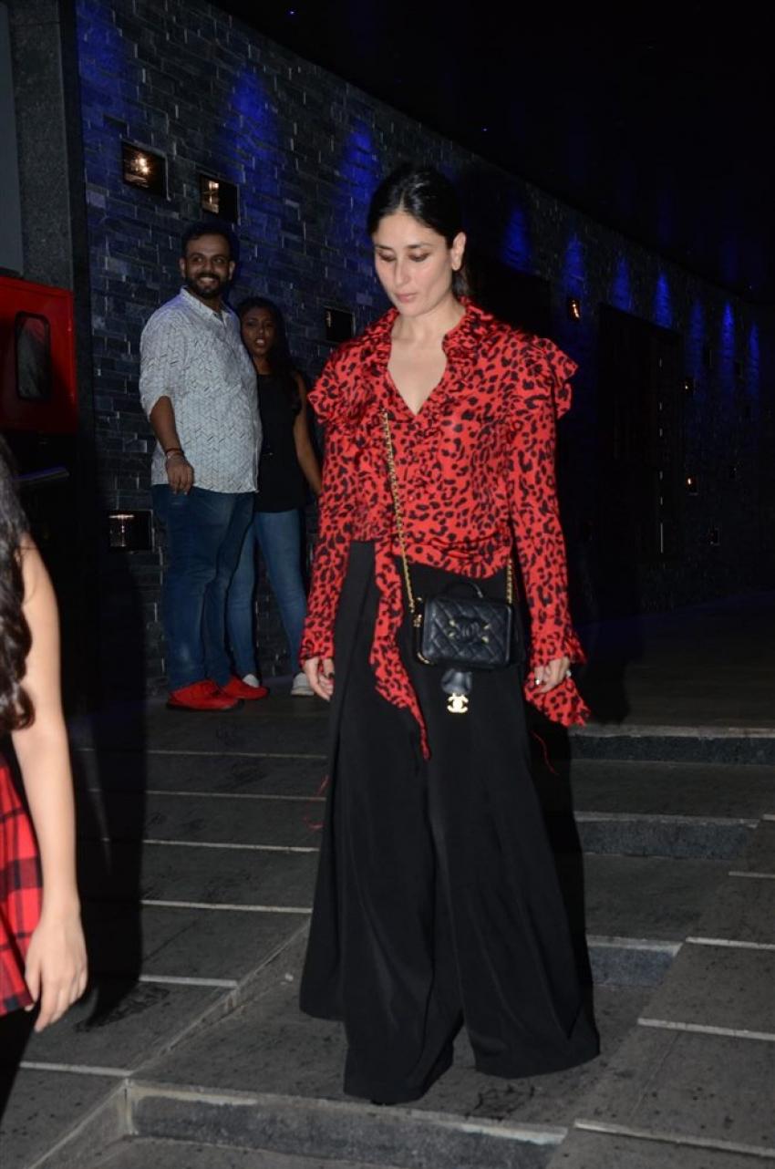 Kareena Kapoor With Friends Spotted At Hakkasann Bandra Photos