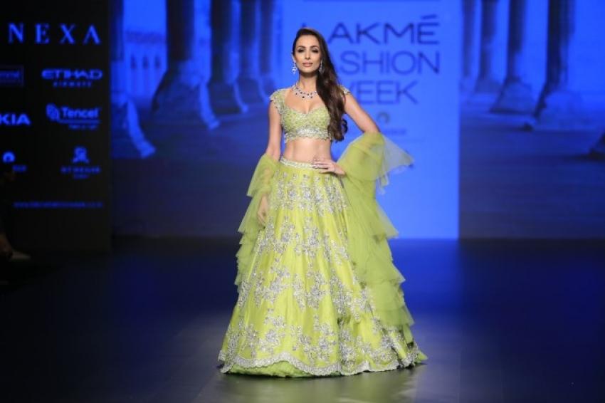 Malaika Arora khan walks the Ramp of Lakme Fashion week 2018 Photos
