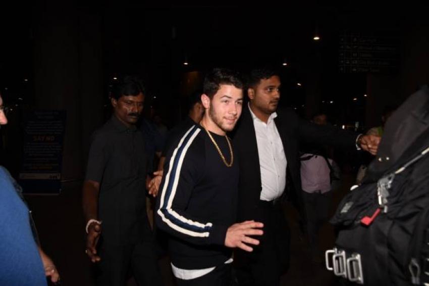 Nick Jonas At Airport Photos