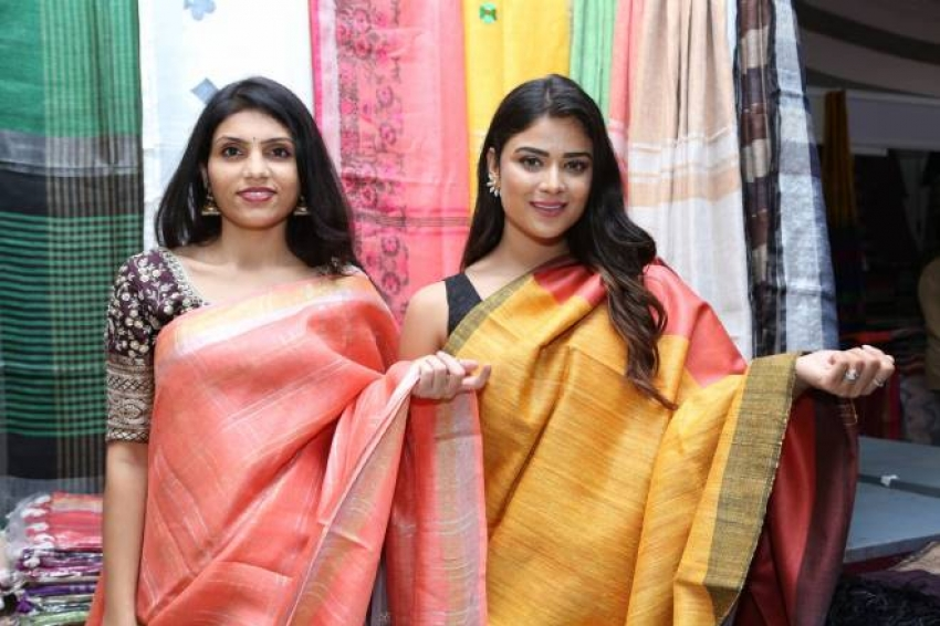 Priyanka Sharma Inaugurates National Silk Expo At Shilpakala Vedika Photos