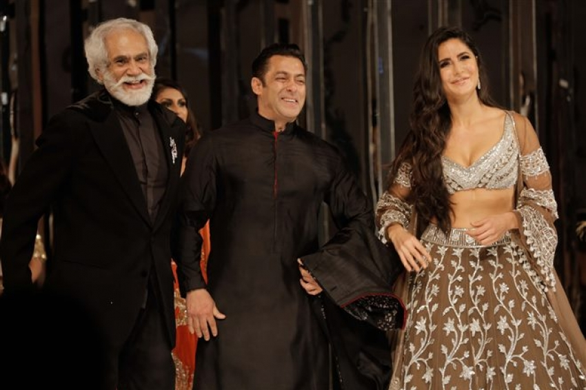 Salman Khan & Katrina Kaif Walks The Ramp For Manisha Malhotra Fashion Show 2018 Photos