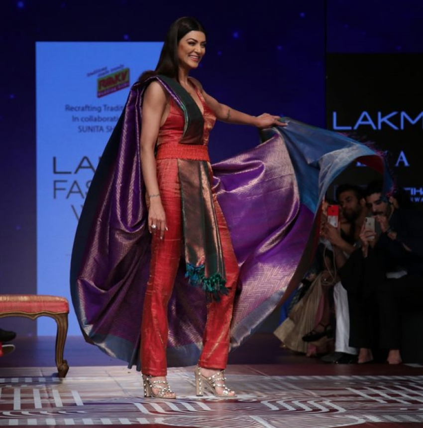 Sushmita Sen Walks The Ramp At Lakme Fashion Week 2018 Photos