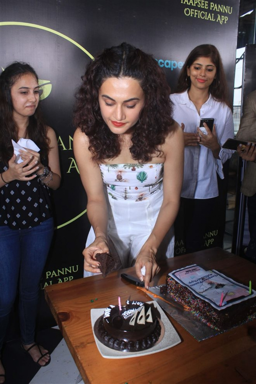 Taapsee Pannu Celebrates Birthday by Launching Her Official App Photos