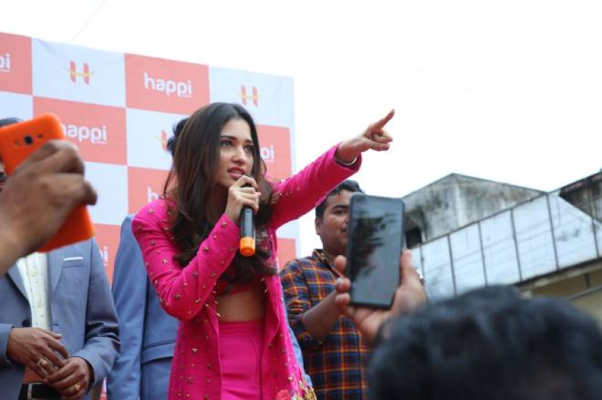 Tamanna Launched Happi Mobiles Show Room At Bhimavaram Photos