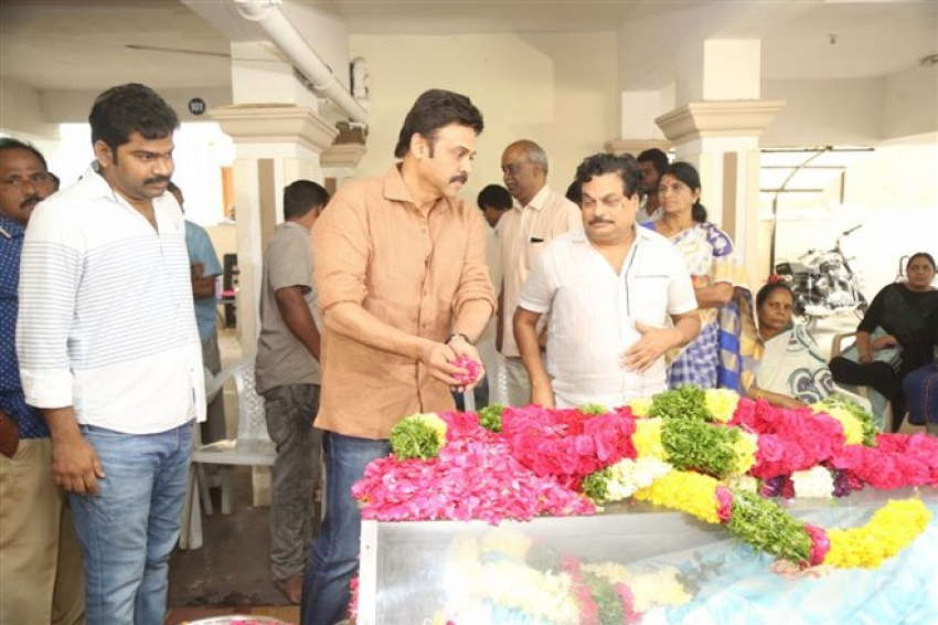 Telugu Celebs Pay Last Tribute to Director B Jaya Photos