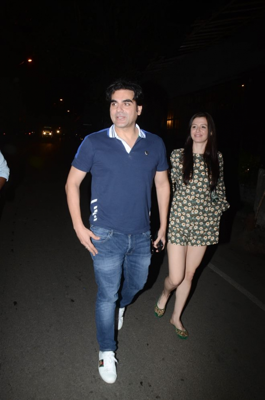Arbaaz Khan With Girlfriend Spotted At Pali Village Cafe Bandra Photos