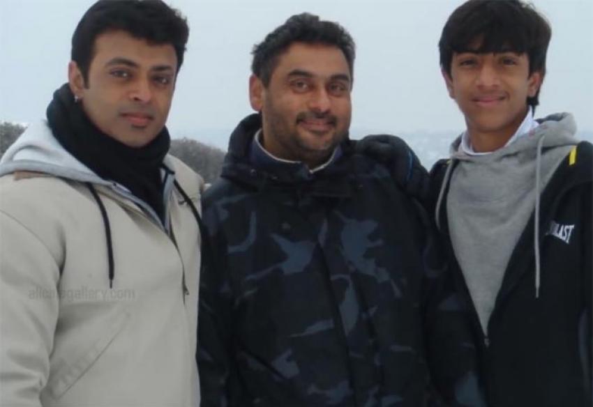 Bigg Boss 2 Tamil Contestant Shariq Hassan Family Photos