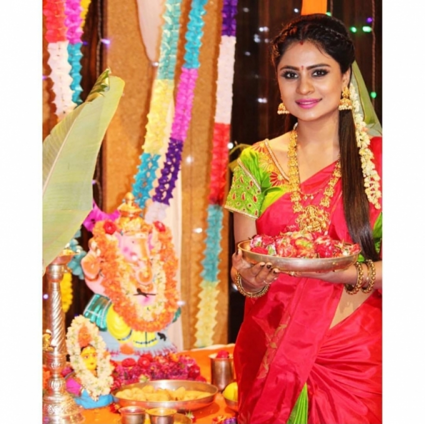 Celebrities Celebrates Ganesh Chaturthi 2018 Photos