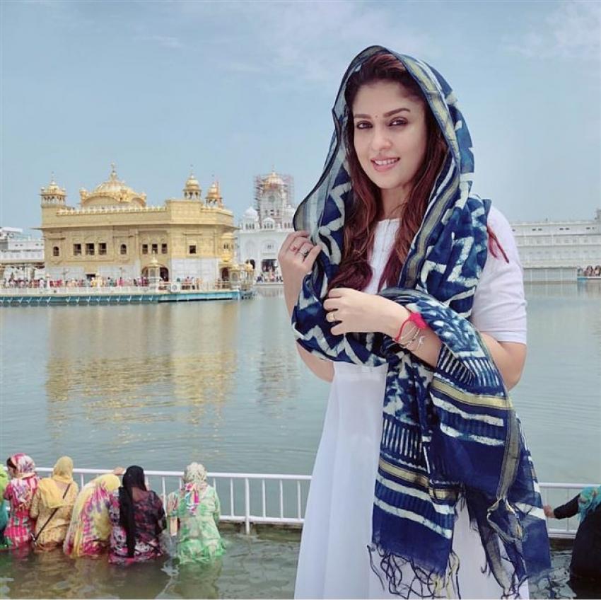 Nayanthara & Vignesh Shivan Visit Golden Temple Photos