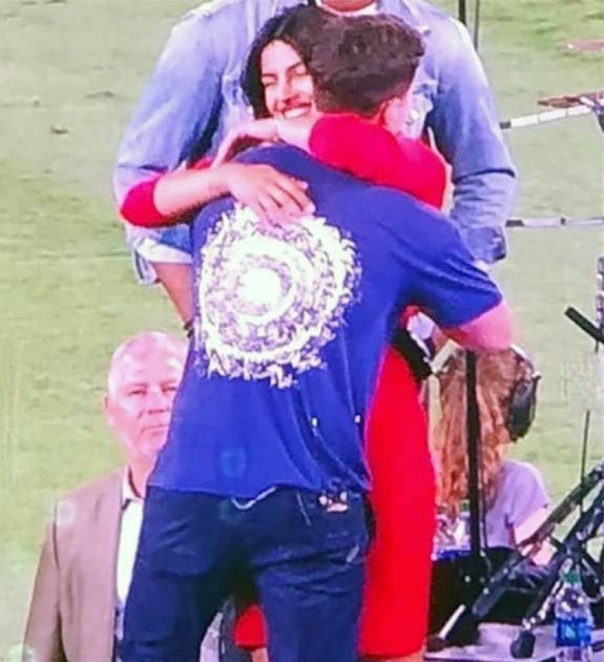 Priyanka Chopra's First Kiss For His Fiance Nick Jonas Goes Viral Photos