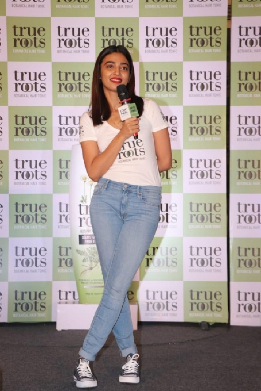 Radhika Apte Launch Botanical Hair Tonic Photos