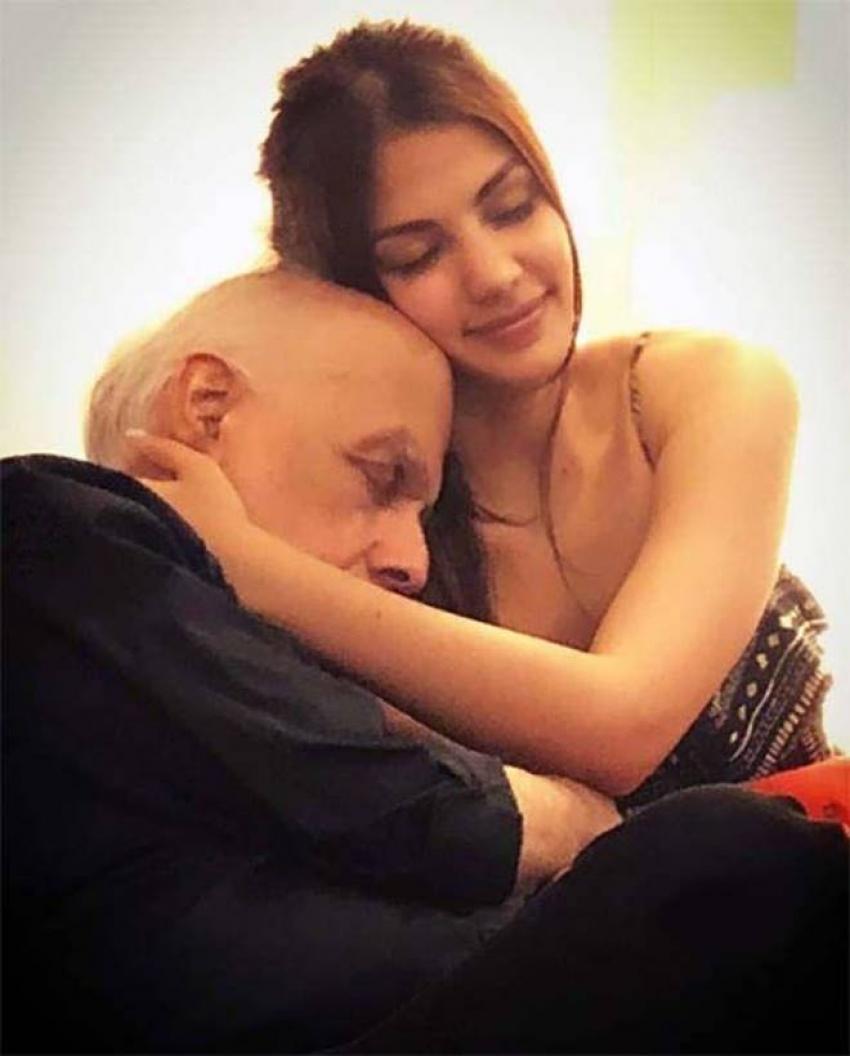 Rhea Chakraborty And Mahesh Bhatt Viral Photos