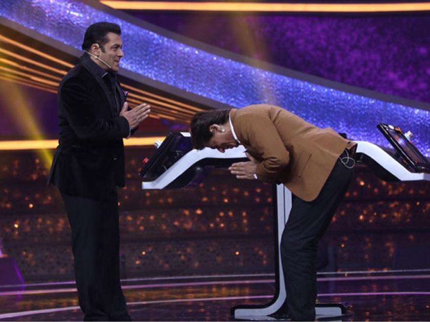 Salman Khan host Shahrukh Khan on Dus Ka Dum - Dumdaar Weekend Photos