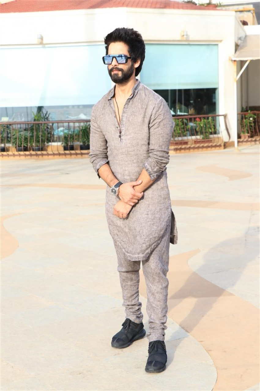 Shahid Kapoor Photos