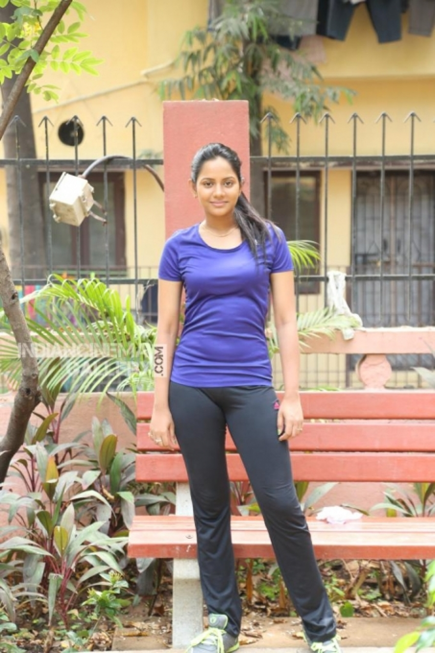 Tamil Bigg Boss 2 - Aishwarya Dutta Photos