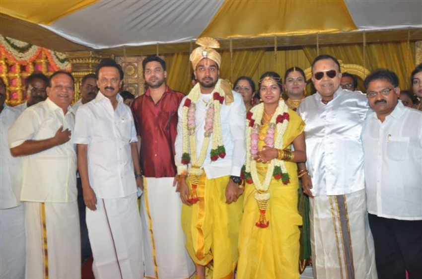 Vasu Vikram's Daughter Sandhiya Wedding Photos