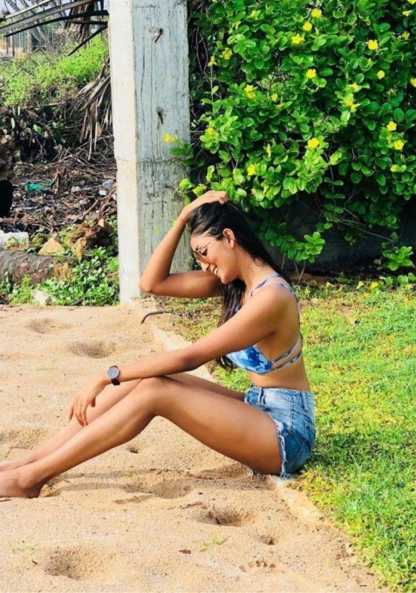 Aishwarya Sushmita Glam Pics Photos