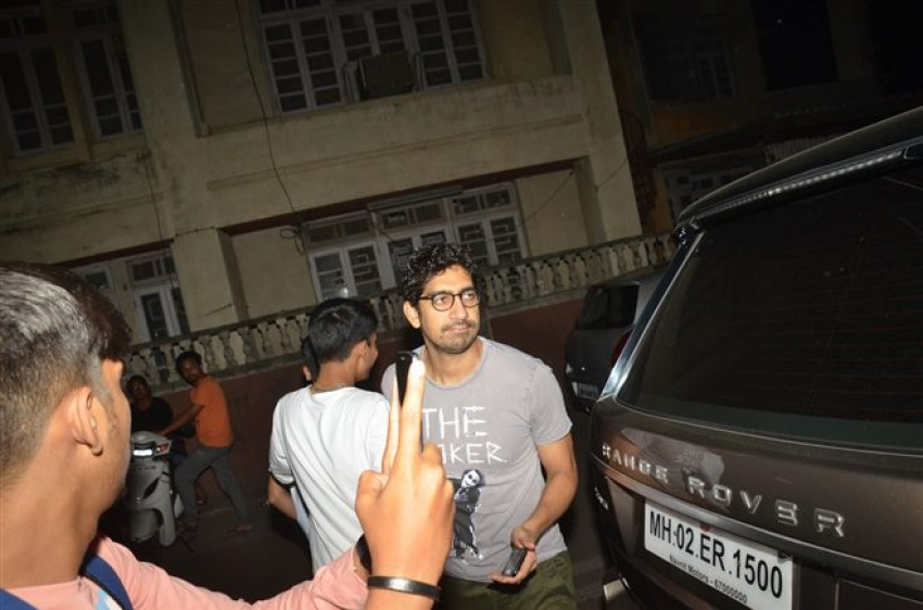 Alia Bhatt & Ayan Mukherjee Spotted At Aamir Khan House Photos