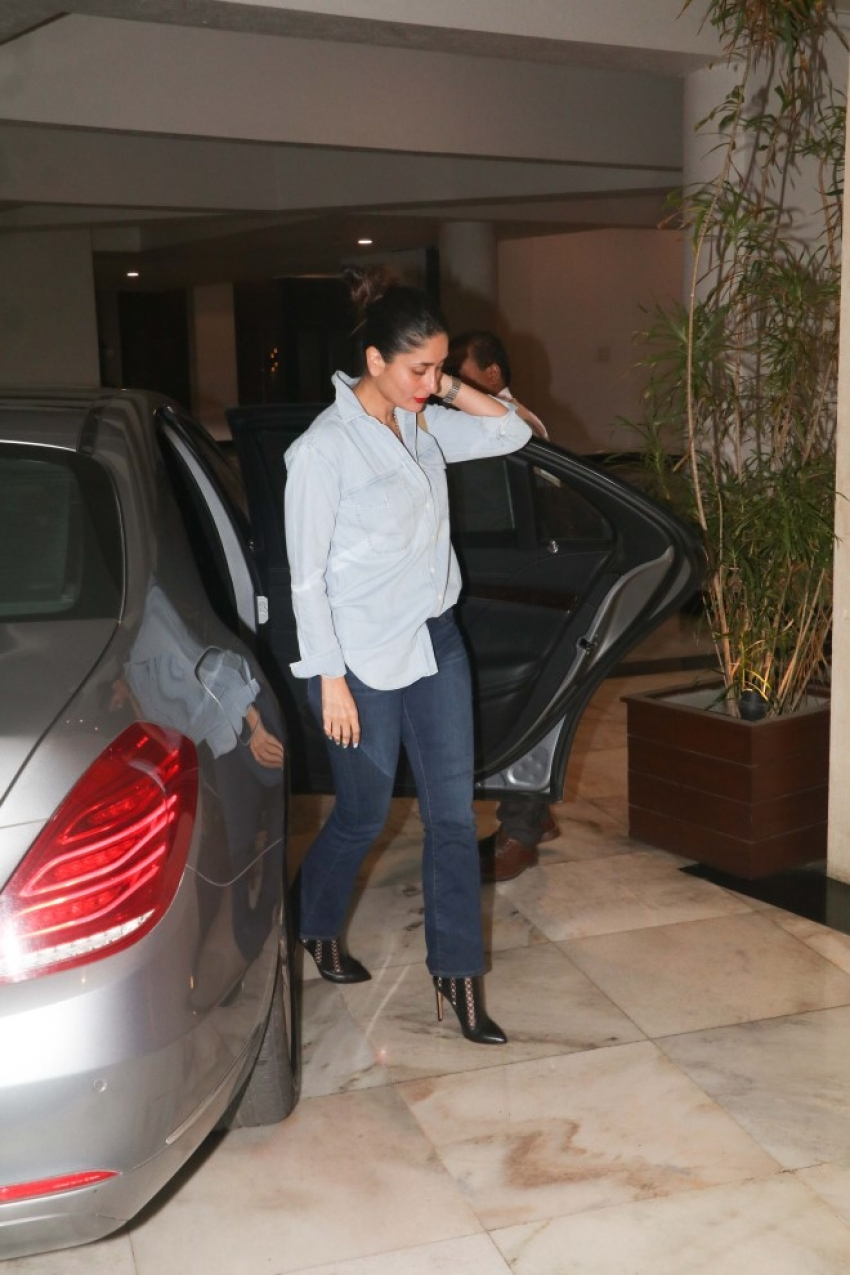 Bollywood Celebs at Manish Malhotra's Party Photos