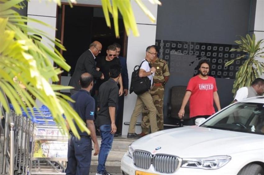 Bryan Adams Arrived In Mumbai For Music Concert Photos