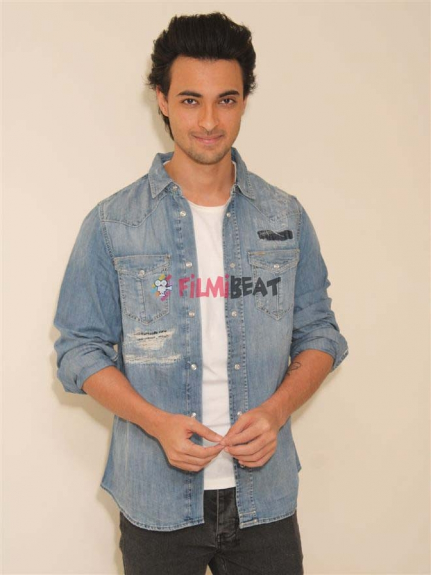 Loveyatri Movie Promotion In New Delhi Photos