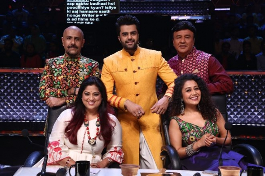 Navratri Special Special on Indian Idol 10 Photos