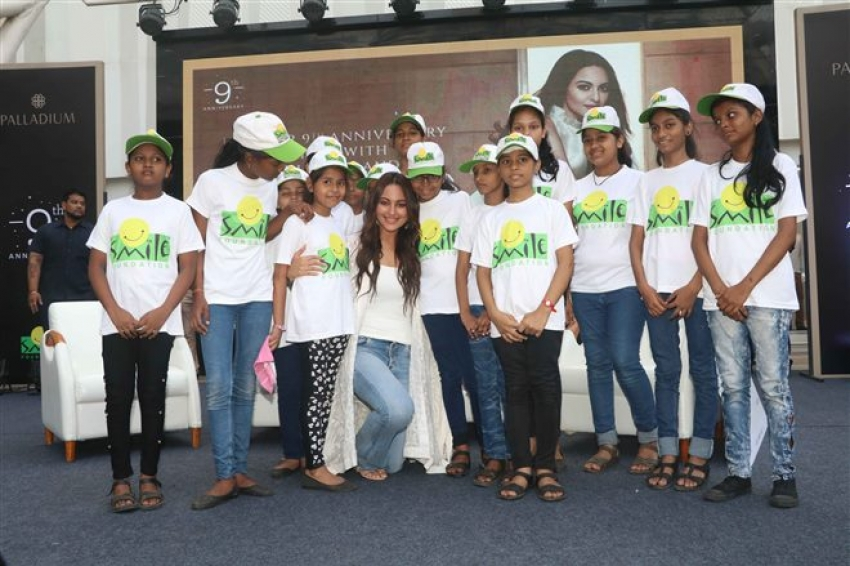 Sonakshi Sinha Celebrates Anniversary Of NGO Life Of Trust Photos