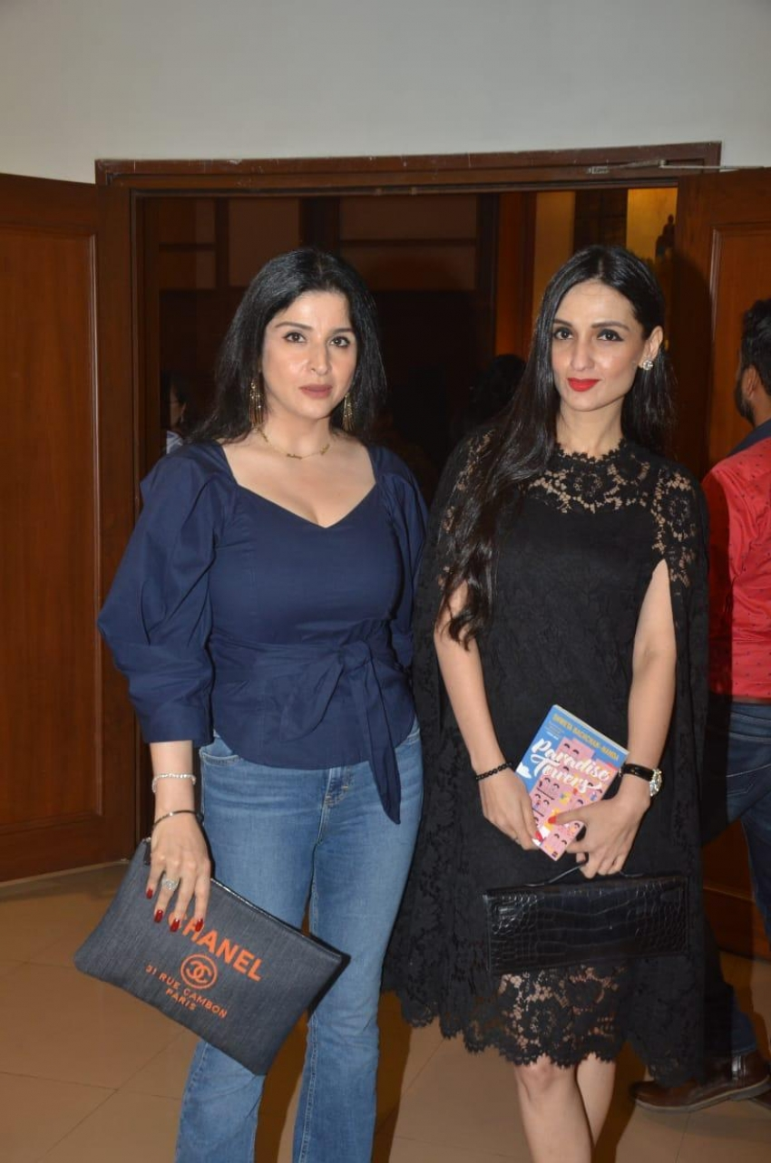 Swetha Bachchan Nanda`s Paradise Tower Novel Launch Photos