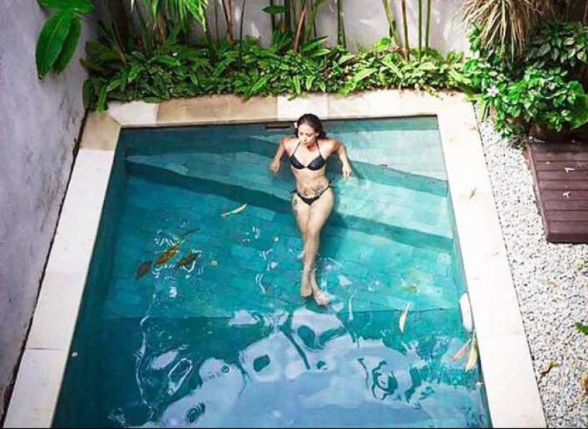 Tiger Shroff's Sister Krishna Exotic Vacation Photos