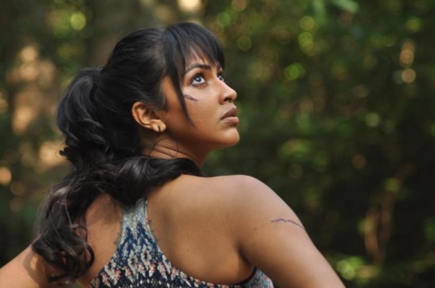 Adho Andha Paravai Pola Photos