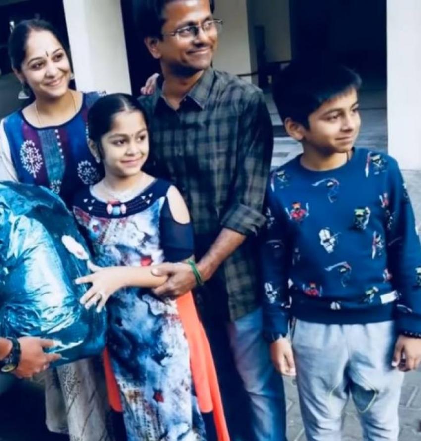 AR Murugadoss Family Photos with Wife Daughter And Son Photos
