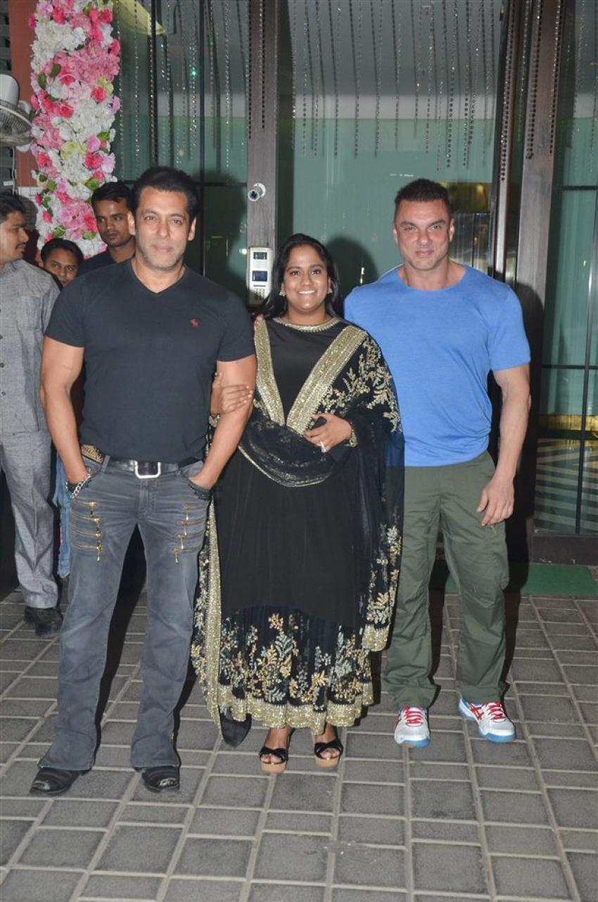 Salman Khan, Shilpa Shetty & Sonakshi Sinha at Arpita Khan's Diwali Bash 2018 Photos