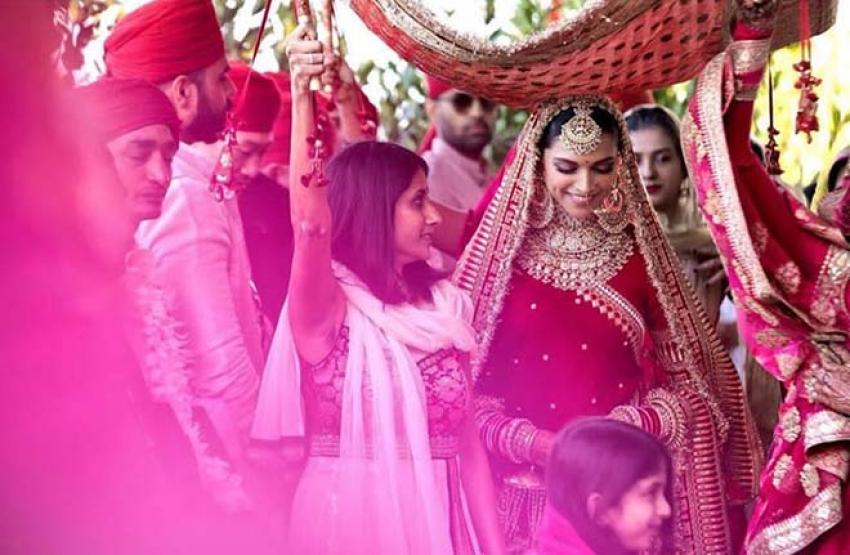 Inside Pictures Of Deepika Padukone & Ranveer Singh Marriage In Italy Photos