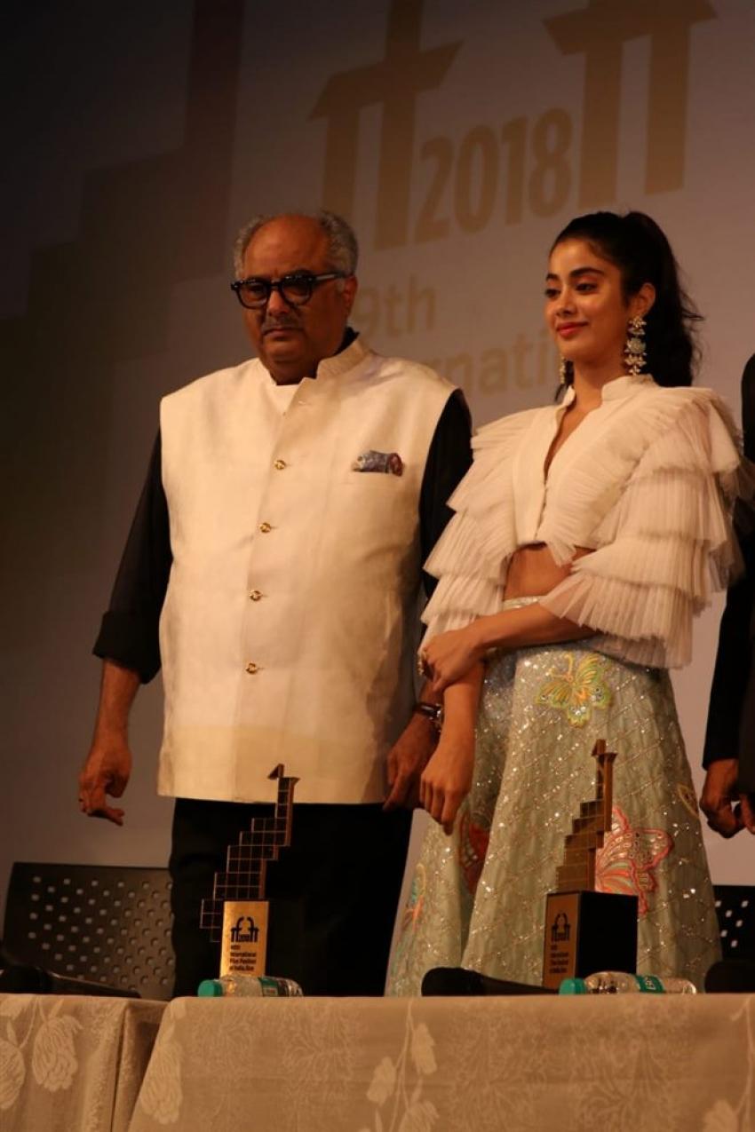 Jhanvi Kapoor with Dad Boney Kapoor Attends IFFI Goa Photos