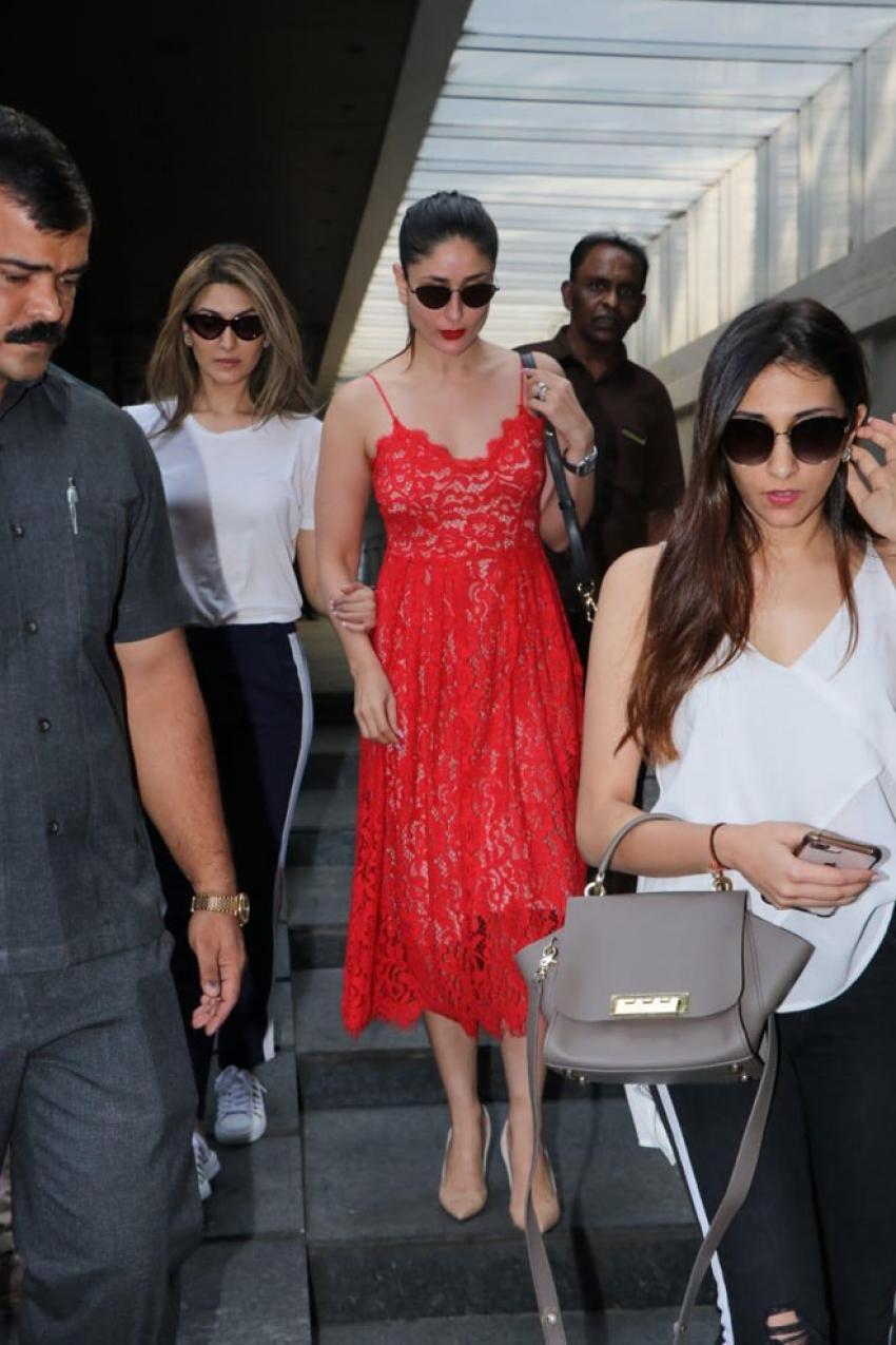 Kareena Kapoor Khan with cousins snapped post lunch at Bandra Photos