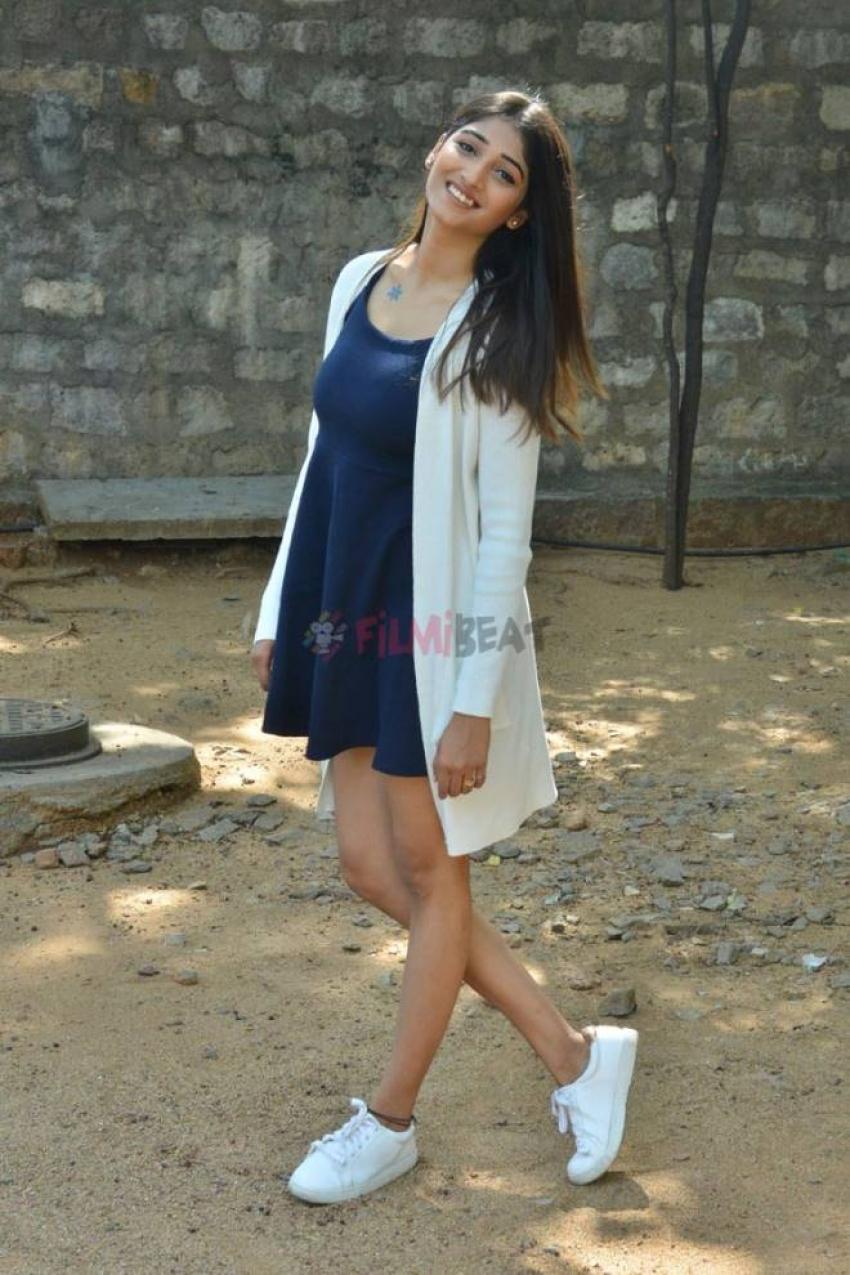 Priya Vadlamani Photos