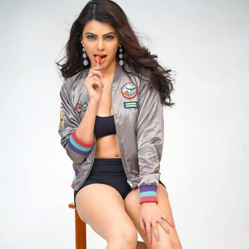 Sherlyn Chopra Photos
