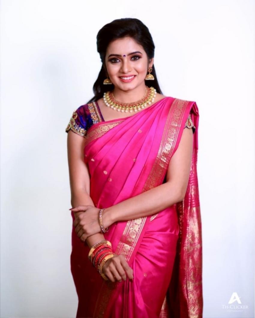 Srithika Photos