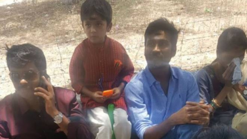 Actor Dhanush With Sister & Family Photos