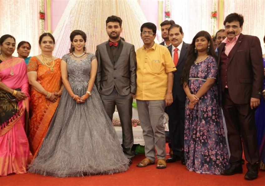 Actor Ramesh Kanna Son R.S.Jashwanth Kannan And K.Priyanka Wedding Reception Photos