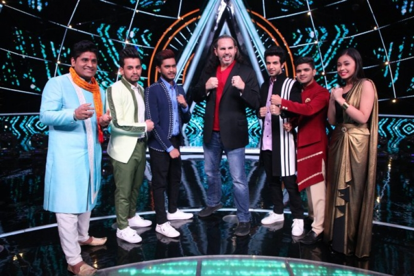 Badshah and Matt Hardy on the sets of Indian Idol 10 Photos