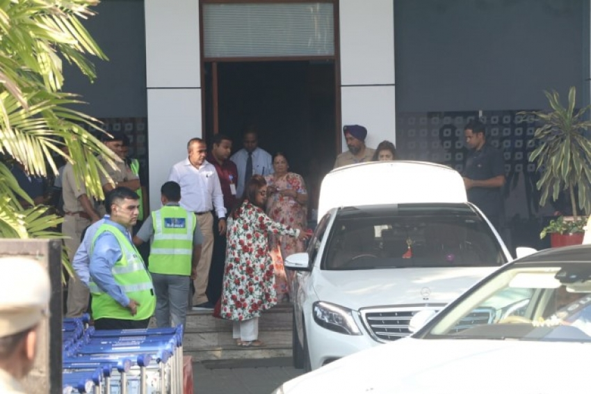 Celebs Departs From Ambani's Daughter Isha Marriage Photos