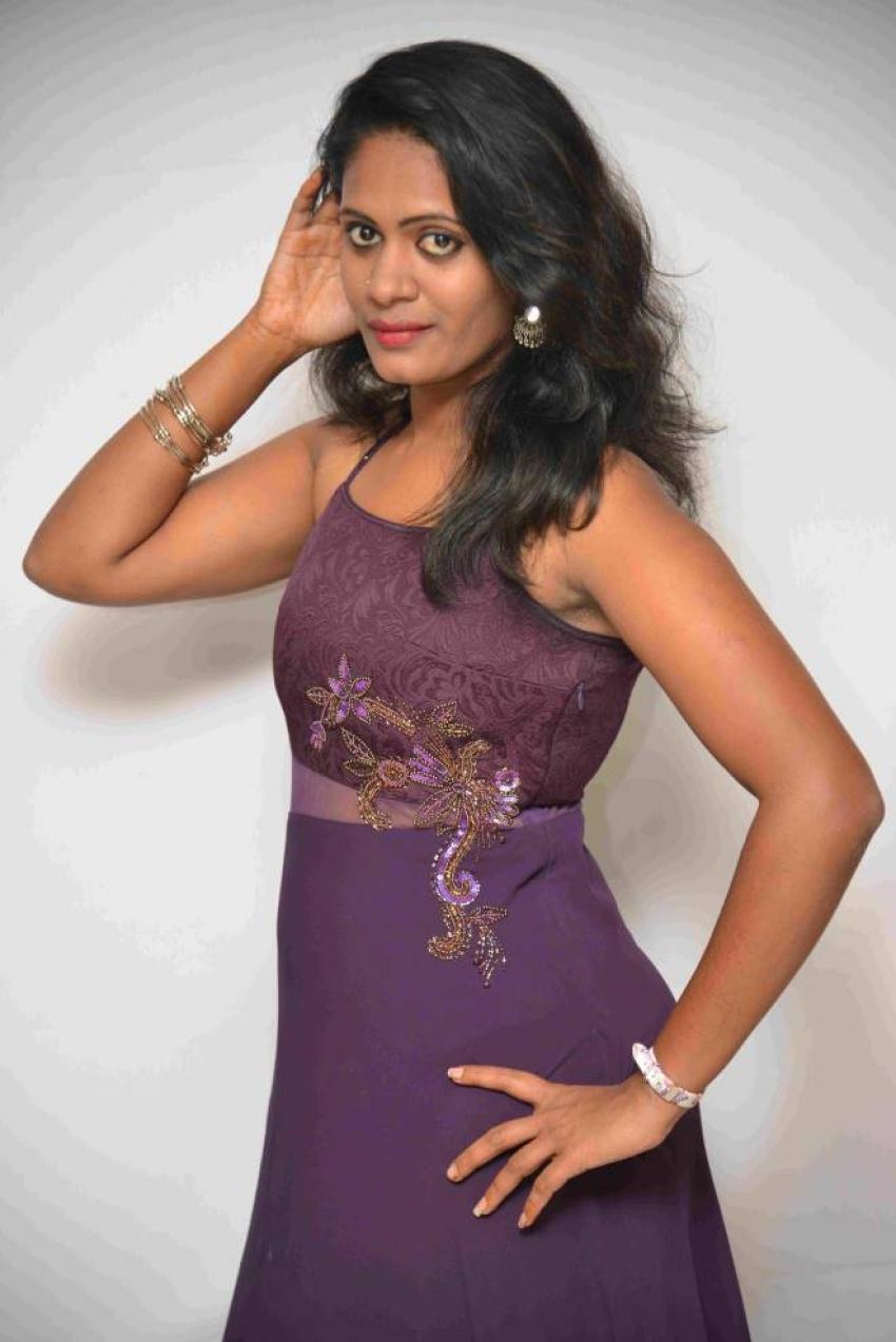 Mundina Badalavane Movie Press Meet Photos