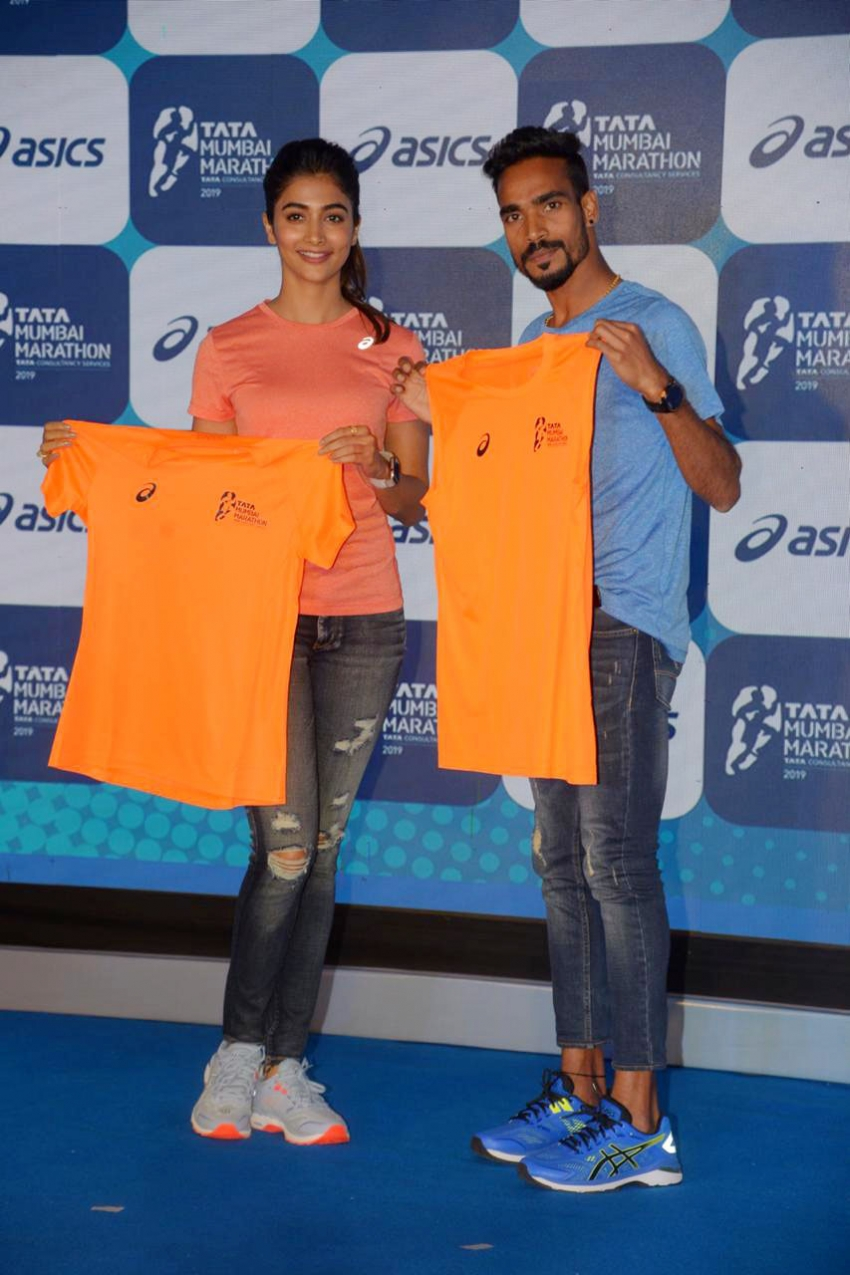 Pooja Hedge Launch Exclusive ASICS Race Day T-shirt Photos