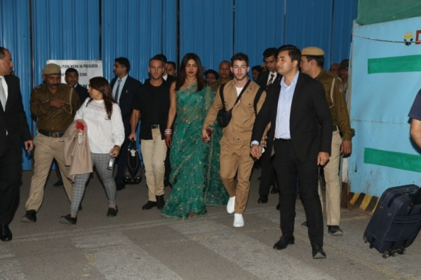Priyanka Chopra and Nick Jonas arrives at Delhi airport for wedding reception Photos