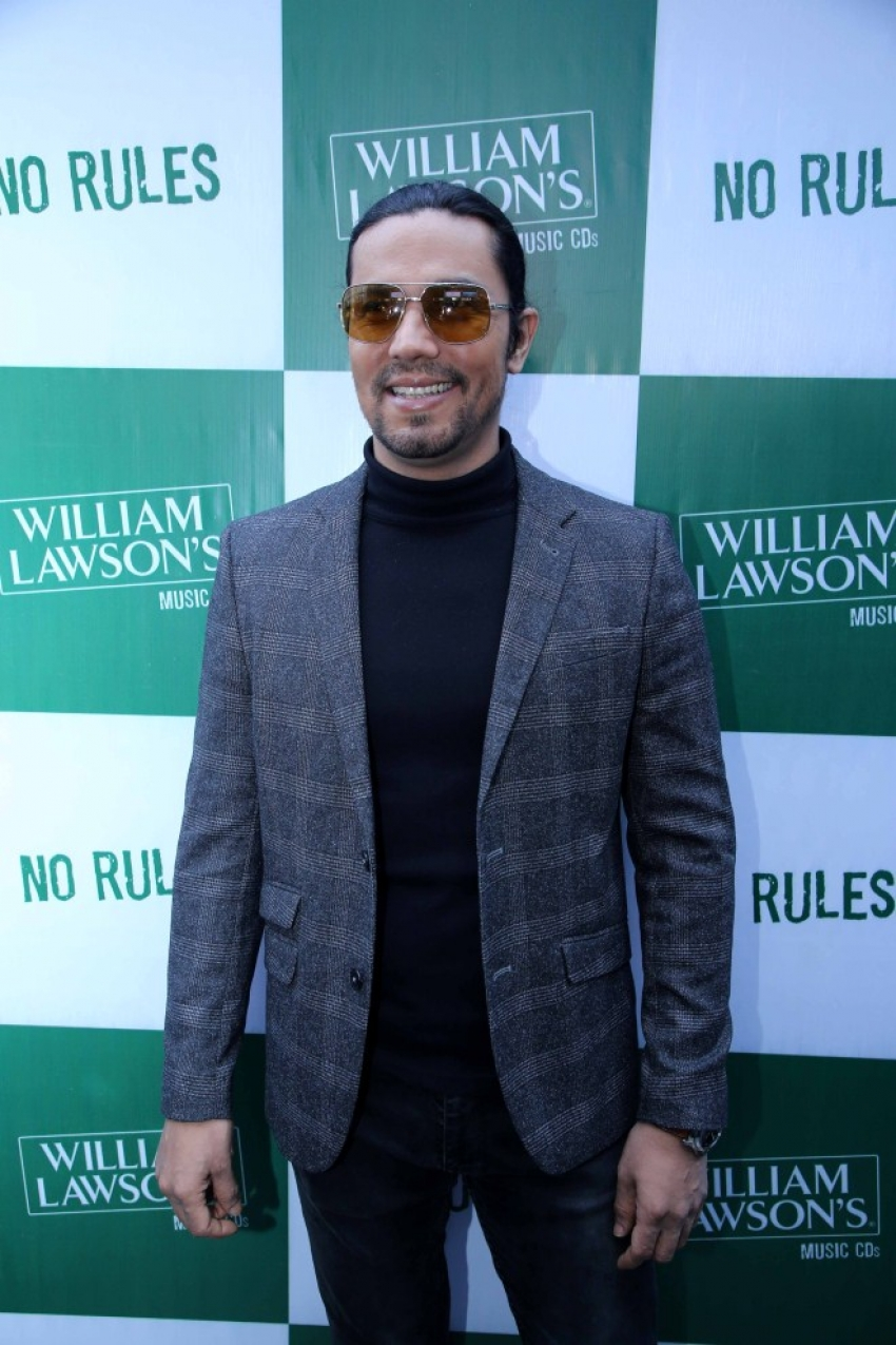 Randeep Hooda spotted At The Launch Of William Lawson`s Music CD In Gurgram Photos