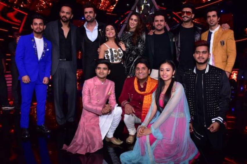 Ranveer Singh, Sara ali Khan & Rohit Shetty At Indian Idol 10 Photos