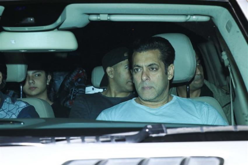 Salman Khan, Sonakshi, Daisy Shah Attend Zaheer Iqbal's Birthday Bash 2018 Photos
