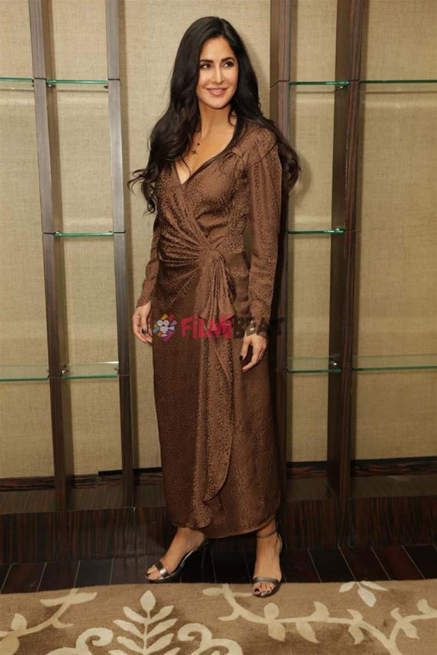 Shahrukh Khan , Katrina Kaif And Anushka Sharma Promote Zero In New Delhi Photos